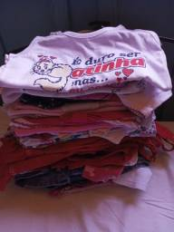 Vendo lote de roupas bebê menina tamanhos G e 1 ano