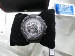 Relógio Masculino Orient muito elegante  novo no estojo , manual e certificado