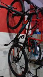 Vendo bike aro 29 da marca Trinx italiana. 2000,00$