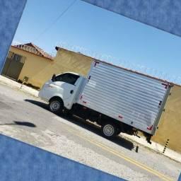 Título do anúncio: Frete e Mudança caminhão baú HR Goiânia e Interiores os demais estados
