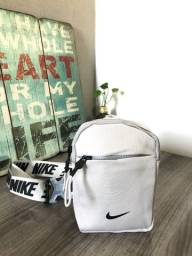 Título do anúncio: Mini bolsa pochete nike original