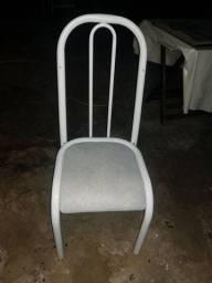 Cadeira (Uma Cadeira somente/não temos outras)