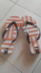 Sandálias Acostamento
