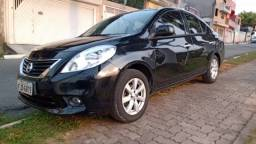 Carro - Nissan Versa 16SL Flex