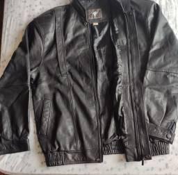 Jaqueta de couro sintético marca Talim