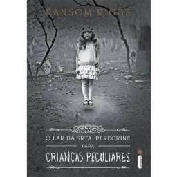 O Orfanato da Srta. Peregrine para crianças peculiares - Capa dura