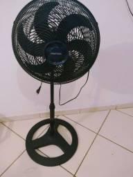 Vendo ventilador semi novo