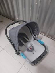 Vendo bebê conforto e de brinde um abajur