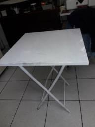 Mesa de ferro dobrabel