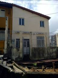 Título do anúncio: Casa para venda com 200 metros quadrados com 5 quartos em Barbalho - Salvador - BA