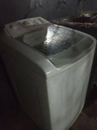 Título do anúncio: Máquina de lavar electrolux