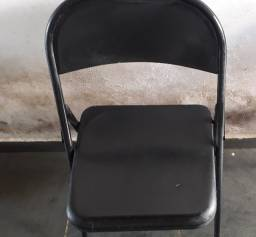Título do anúncio: 2 Cadeiras Dobráveis de Bar Sala Cozinha Ferro Aço Preta