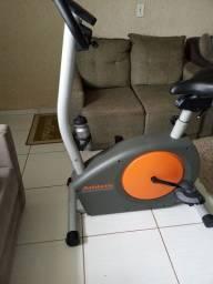 Bicicleta elétrica ergométrica