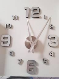 Relógio de parede 3D (NOVO) na caixa.