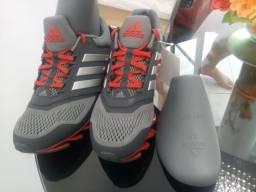 Tenis Adidas original 42 novo na caixa!
