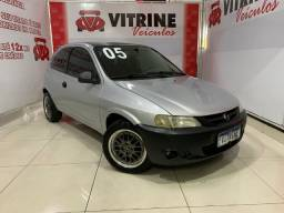 Celta 2005 pneus e rodas Novos - Super econômico