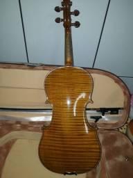 Violino antigo de autor alemão Otto Henrikus