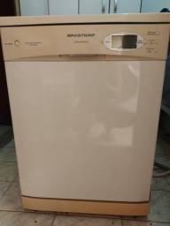Título do anúncio: Maquina de lavar louça 12 serviços Brastemp