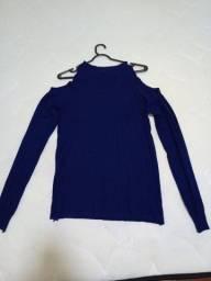 Título do anúncio: Blusa tricô azul, nova