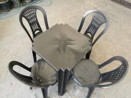 Chegou conjunto de mesa e cadeira plástica no atacado pra restaurante