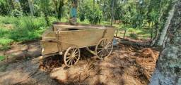 Carroça Quatro Rodas Antiga para Uso ou Decoração