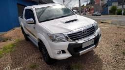 Toyota Hilux Limited 2015 Disel Original baixa km Raridade