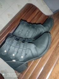 Calçados semi-novos