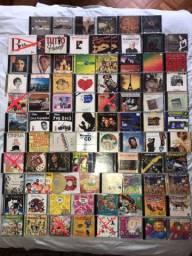 Lote de 85 CDs preço por tudo