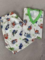 Pijamas infantis masculinos. NOVOS