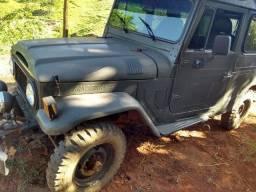 Bandeirante jeep longo diesel 4x4
