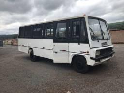 Microonibus 608 ano 77