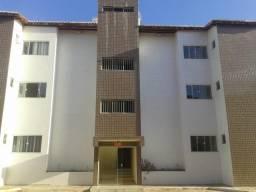 Alugo apartamento com sala ampla