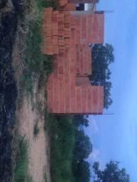 Lote em Luzimagues com construção