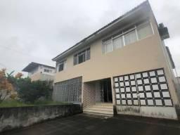 Casa para Comércio no Prado, ideal para Escolas ou Escritórios, 5 quartos + Dep