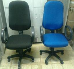 Cadeira/Poltrona giratória presidente