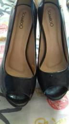 Sapatos com nmr 35