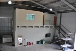 Sala Comercial e espaço dentro de Barracão