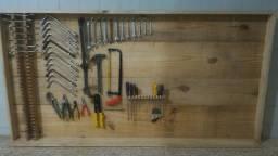 Painel para Ferramentas de madeira maciça