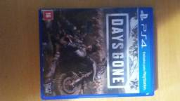 Days gone e RE 7