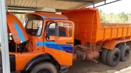 Caminhão Caçamba 1313 trucado