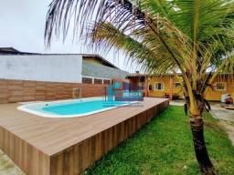 ALUGA-SE  $400 Casa Com Piscina  Para temporada finais de Semanas na Praia de Mongaguá a 5