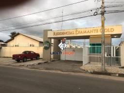 Casa 3/4 Mobiliada com Fino Acabamento para Venda em Condomínio Fechado no SIM