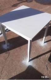 Mesas tamanho 0,79×0,79 VENDO TUDO