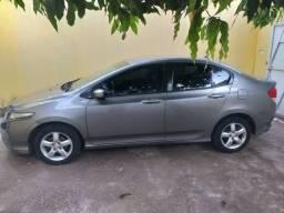 Vendo ou troco honda city 2011/2011 LX valor 29,300