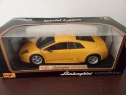 Miniatura Lamborghini Murcielago