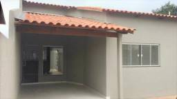 Título do anúncio: Casa 2 Q + suíte na região da Serra das Areias. Parcela até 15 mil da entrada.