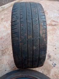 Vendo 1 pneu  215/35/18