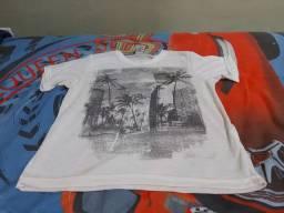 Camiseta infantil número 8.