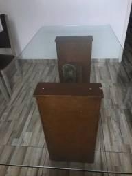 Mesa de tampo de vidro