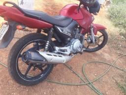 Vendo moto Yamaha facto 125,  2011, documentos em dias